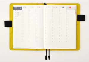 hobonichi-cousin-week-vertical